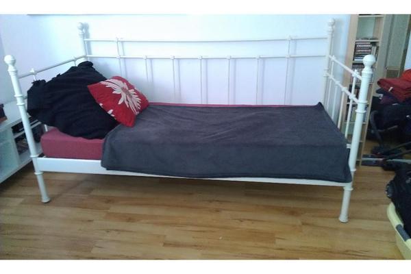 bett 90x200 neu und gebraucht kaufen bei. Black Bedroom Furniture Sets. Home Design Ideas