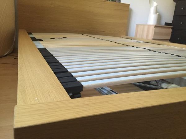 ikea bettgestell malm eichenfurnier 140 x 200 cm in. Black Bedroom Furniture Sets. Home Design Ideas