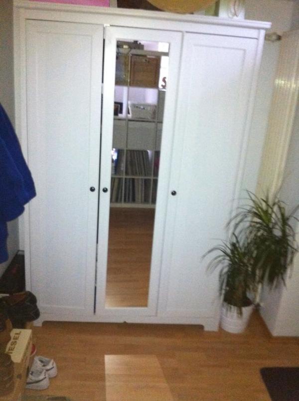 ikea kleiderschrank wei in heidelberg ikea m bel kaufen und verkaufen ber private kleinanzeigen. Black Bedroom Furniture Sets. Home Design Ideas