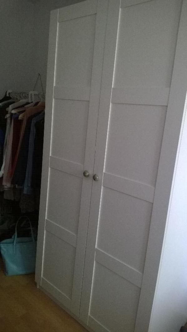 wegen umzug verkaufe ich meinen 3 jahre alten ikea pax. Black Bedroom Furniture Sets. Home Design Ideas