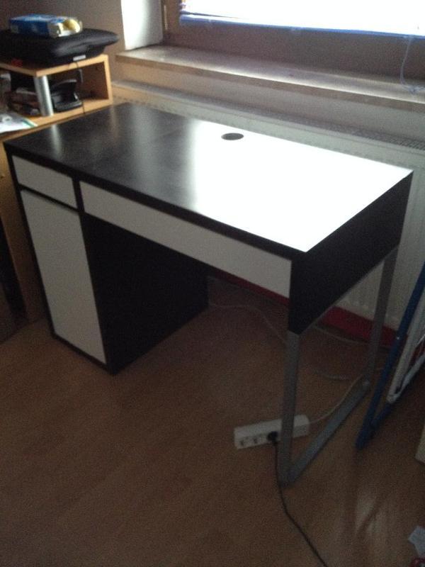 wei e schreibtische neu und gebraucht kaufen bei. Black Bedroom Furniture Sets. Home Design Ideas