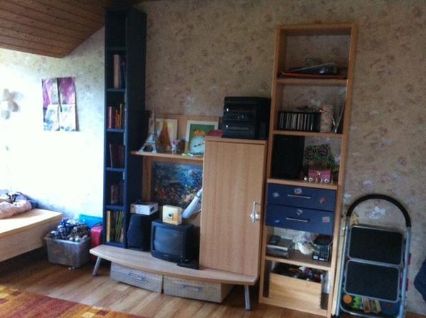 jugendzimmer (wohnwand, cd-regal, nachttisch) in karlsbad - kinder