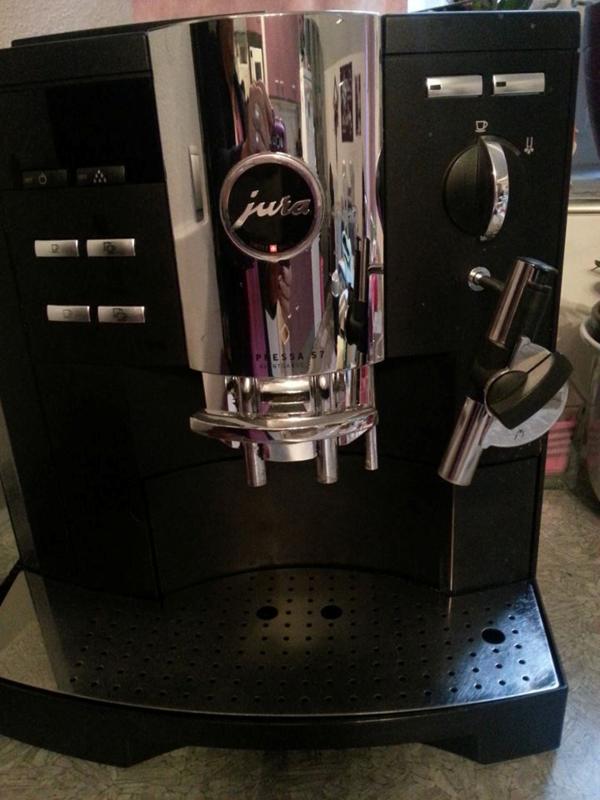 jura impressa s 7 avantgarde schwarz in f rth kaffee espressomaschinen kaufen und verkaufen. Black Bedroom Furniture Sets. Home Design Ideas