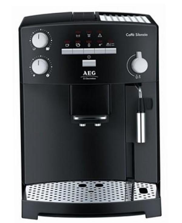 Kaffeevollautomat AEG Silenzio in Germering Kaffee