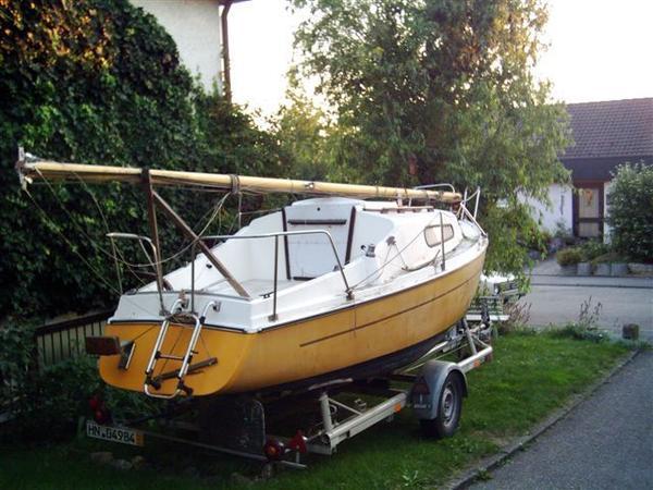 pin segelboot kaufen segelboote neu oder gebraucht privat. Black Bedroom Furniture Sets. Home Design Ideas