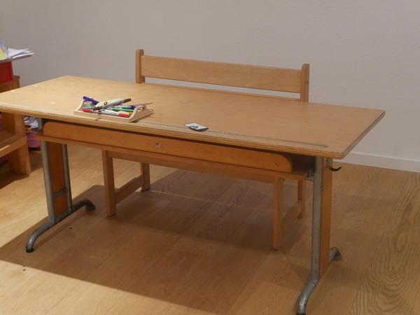 Schultisch mit stuhl neuesten design for Stuhl design gebraucht