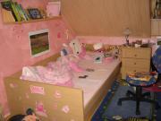 Kinder- und Jugendbett