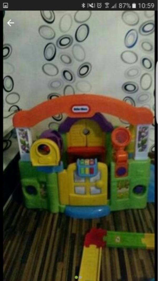 kinderspielhaus gebraucht kaufen nur 4 st bis 75 g nstiger. Black Bedroom Furniture Sets. Home Design Ideas