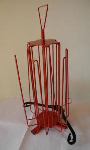 Kleiderbügelstapler rot Metall,