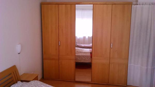 Gebraucht, Kleiderschrank Erle + viel Platz + 5 türig + Spiegel + NRtierfrei gebraucht kaufen  26129 Oldenburg