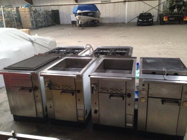 Komplette gastro kuche in buxtehude kuchenherde grill for Gastro küche