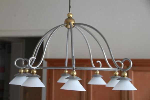 sehr edle und hochwertige lampe einmal mit 6 einmal mit 7 lampenschirmen einzelpreis 200eur. Black Bedroom Furniture Sets. Home Design Ideas