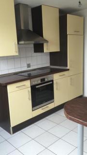 Küche mit Induktionsherd