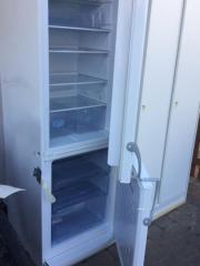 Kühlschrank mit Gefrierzone -