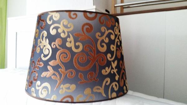 lampenschirm stoff velour braun gold schwarz np 49 eur in n rnberg kaufen und verkaufen ber. Black Bedroom Furniture Sets. Home Design Ideas