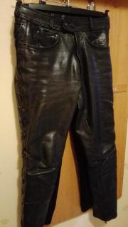 Lederhose für Motorradfahrer