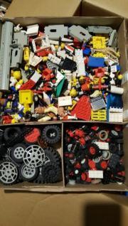 LEGO- Einzelteile natürlich