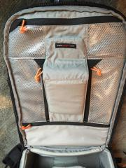 Lowepro Vertex 200