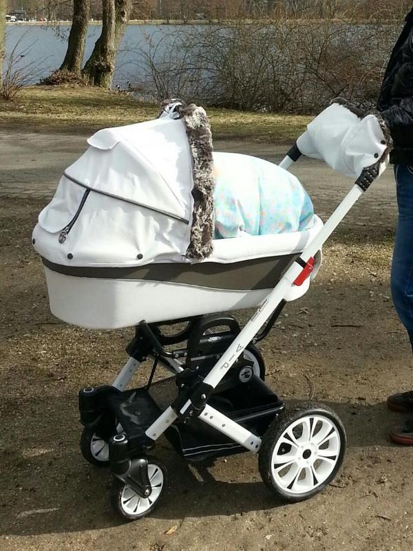 kinderwagen hartan vip xl wei 2 jahre mit babywanne. Black Bedroom Furniture Sets. Home Design Ideas