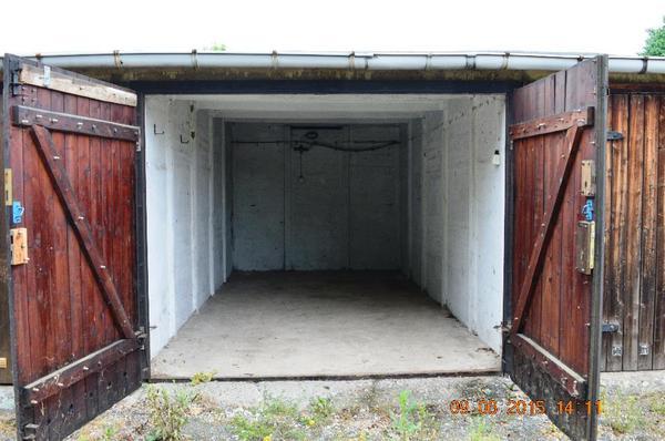 massive garage in 08060 zwickau zu vermieten 33 61 eur. Black Bedroom Furniture Sets. Home Design Ideas