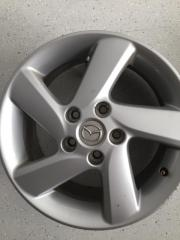 Mazda Felgen zu