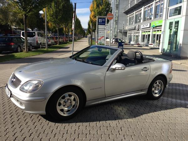 mercedes benz slk 200 kompressor top zustand garagengepflegt in m nchen mercedes cabrio. Black Bedroom Furniture Sets. Home Design Ideas