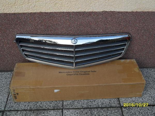 Gebraucht, Mercedes Kühlergrill, C- Klasse, Kühlergrill W 204 gebraucht kaufen  01990 Ortrand