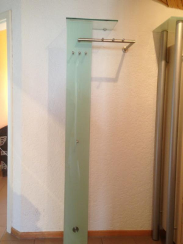 moderne garderobe glas milchglas edelstahl in tiefenthal garderobe flur keller kaufen und. Black Bedroom Furniture Sets. Home Design Ideas