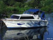 Motorboot von Werft