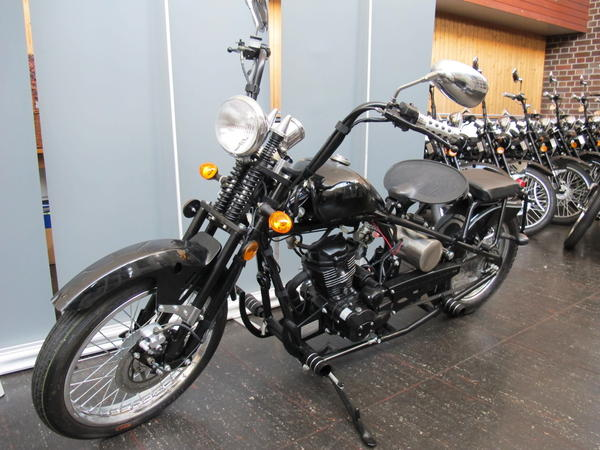 motorrad 125 ccm chopper old school style bobber. Black Bedroom Furniture Sets. Home Design Ideas