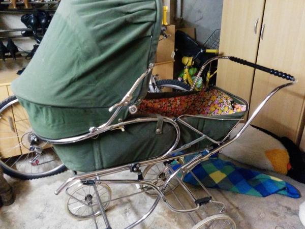 kinderwagen kombis kinderwagen tragen darmstadt gebraucht kaufen. Black Bedroom Furniture Sets. Home Design Ideas