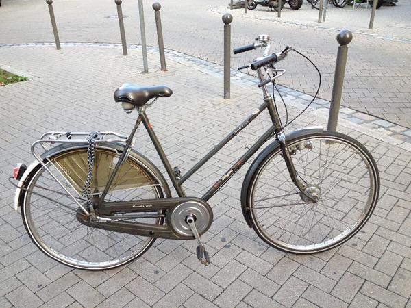 oldtimer holland rad damen fahrrad fongers 26 zoll 3 gang beleuchtung m dynamo in n rnberg. Black Bedroom Furniture Sets. Home Design Ideas