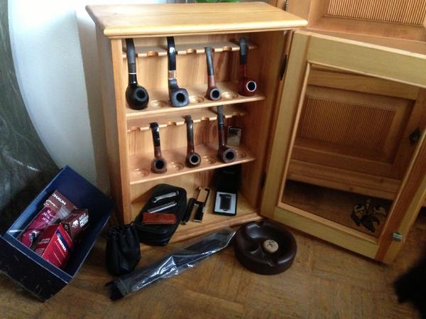 Pfeifenschrank in hamburg sonstige wohnzimmereinrichtung for Wohnzimmereinrichtung komplett