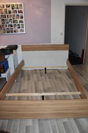 palettenbett verkaufen nur 4 monate vervendet inkl. Black Bedroom Furniture Sets. Home Design Ideas