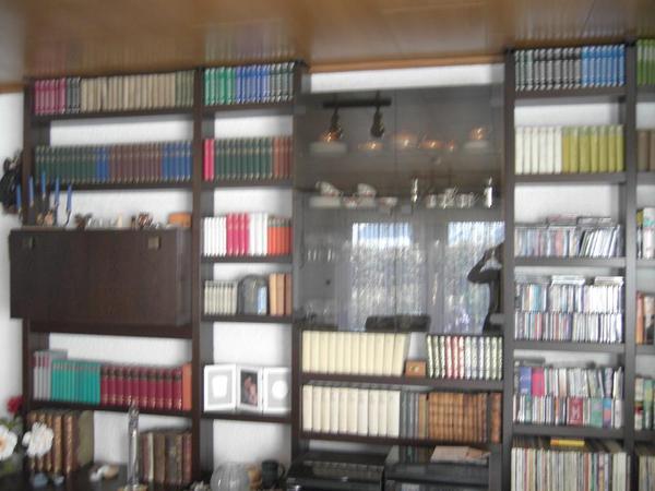 regalsystem in zwingenberg wohnzimmerschr nke. Black Bedroom Furniture Sets. Home Design Ideas