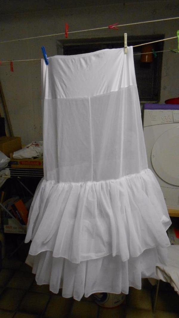 Hochzeitskleid Reifrock gebraucht kaufen, 60 Anzeigen vergleichen in ...