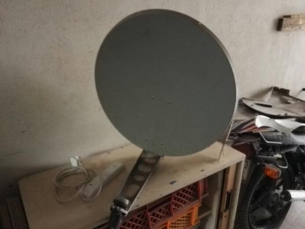sat sch ssel mit stange in lahr antenne sat receiver kaufen und verkaufen ber private. Black Bedroom Furniture Sets. Home Design Ideas