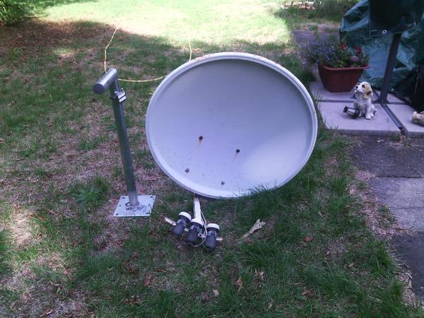 satellitensch ssel 80 cm wandhalterung 3 lnb in n rnberg antenne sat receiver kaufen und. Black Bedroom Furniture Sets. Home Design Ideas