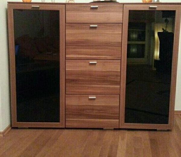 schlafzimmer komplettset bestehend aus kleiderschrank kommode und 2 nachttischschr nke in. Black Bedroom Furniture Sets. Home Design Ideas