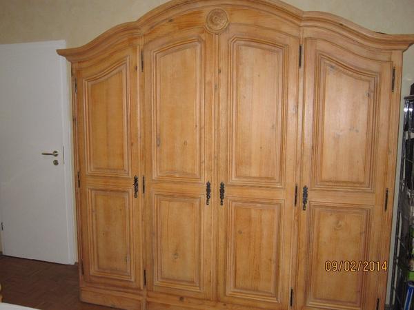 schlafzimmer pinie massiv in m nchengladbach schr nke. Black Bedroom Furniture Sets. Home Design Ideas