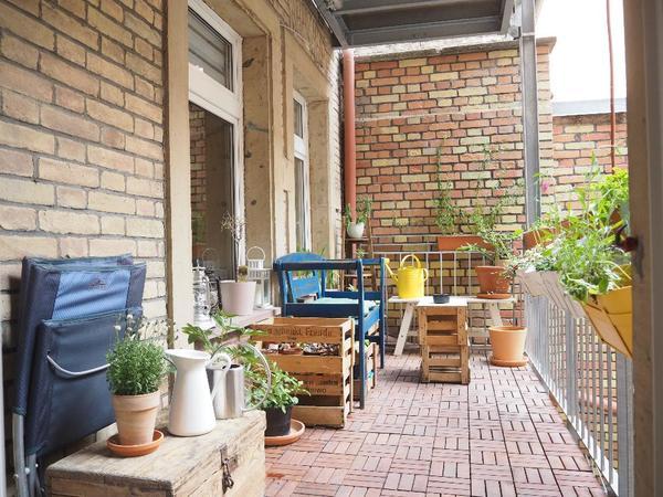 sch ne 2 zimmer altbauwohnung zur zwischenmiete im herzen der karlsruher weststadt vermietung. Black Bedroom Furniture Sets. Home Design Ideas