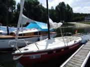 Schönes Segelboot zu