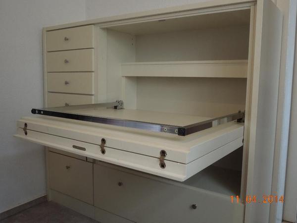 schrank mit ausklappbarem schreibtisch in eschweiler. Black Bedroom Furniture Sets. Home Design Ideas