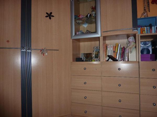 schranksystem buche hell mit anthrazitfarbigen zierblenden in berlin kinder jugendzimmer. Black Bedroom Furniture Sets. Home Design Ideas