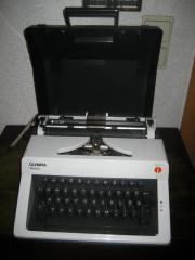 Schreibmaschine Reiseschreibmaschine Olympia