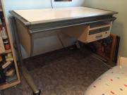 Schreibtisch für Kinder