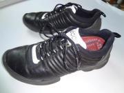 schwarze Herren-Sneakers