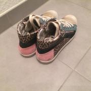 Sneakers modern