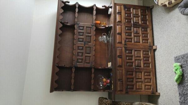 schrank kolonial kaufen gebraucht und g nstig. Black Bedroom Furniture Sets. Home Design Ideas