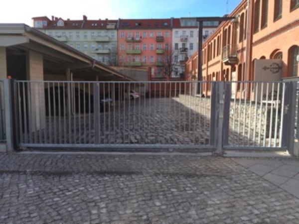 stellplatz carport verschlossen in berlin garagen stellpl tze kaufen und verkaufen ber. Black Bedroom Furniture Sets. Home Design Ideas